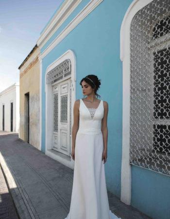 Robes de mariées - Maison Lecoq - robe N°02 BM110 695 €