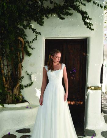 Robes de mariées - Maison Lecoq - robe N°910 Bo'M029 745 €