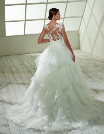 Robes de mariées - Maison Lecoq - robe N°920b 192.32 1145 €