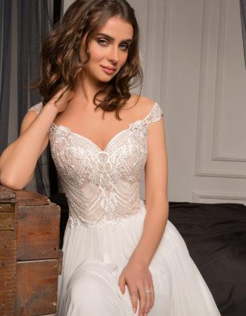Robes de mariées - Maison Lecoq - robe N°928b Besençon 795 €