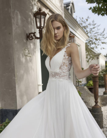 Robes de mariées - Maison Lecoq - robe N°933b Demetria 1295 €