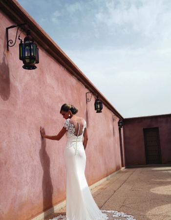 Robes de mariées - Maison Lecoq - robe N°940b 190-315-01 1435 €