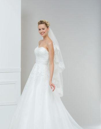 Robes de mariées - Maison Lecoq - robe N°951 TAMARA 775 €