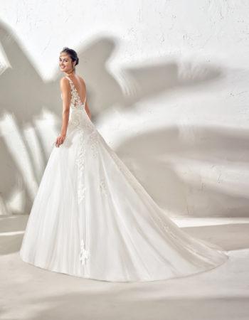 Robes de mariées - Maison Lecoq - robe N°966a FINN 1345 €