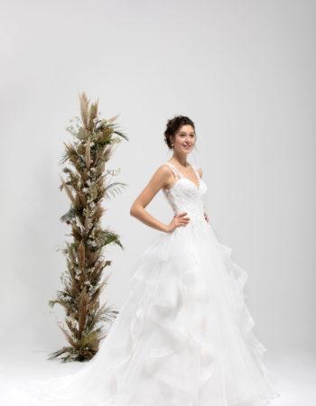 Robes de mariées - Maison Lecoq - robe N°031 SWING 985 €