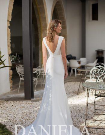 Robes de mariées - Maison Lecoq - robe N°055 Eduarda 575 €