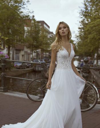 Robes de mariées - Maison Lecoq - robe N°057a Flow 1165 €