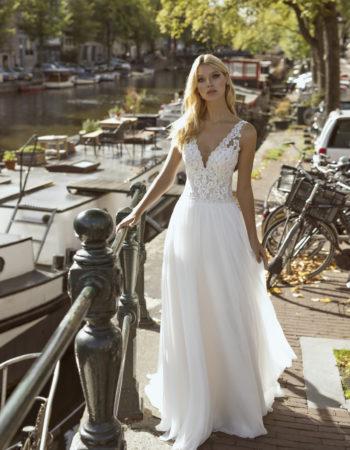 Robes de mariées - Maison Lecoq - robe N°057b Flow 1165 €