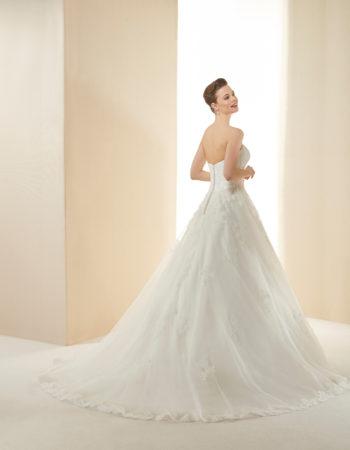 Robes de mariées - Maison Lecoq - robe N°15b Monaco 995 €