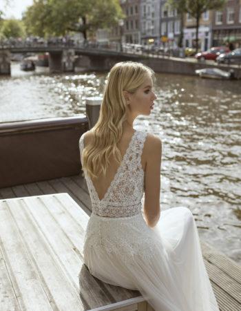 Robes de mariées - Maison Lecoq - robe N°24a Feline 1095 €