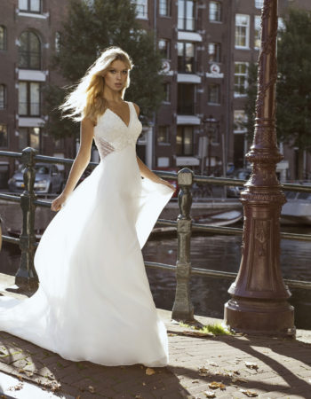 Robes de mariées - Maison Lecoq - robe N°26 Fiona 1095 €