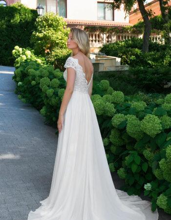 Robes de mariées - Maison Lecoq - robe N°106A 1009 595€
