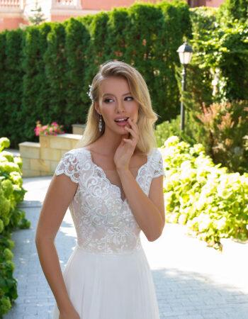 Robes de mariées - Maison Lecoq - robe N°106B 1009 595€