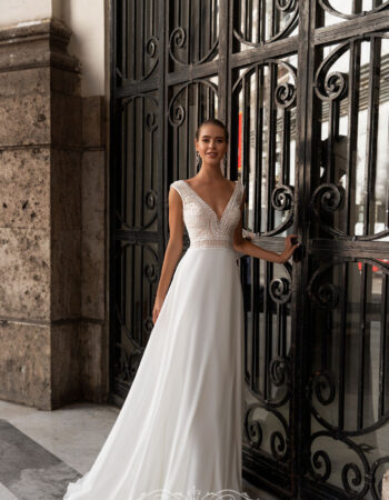 Robes de mariées - Maison Lecoq - robe N°111 8111 755€