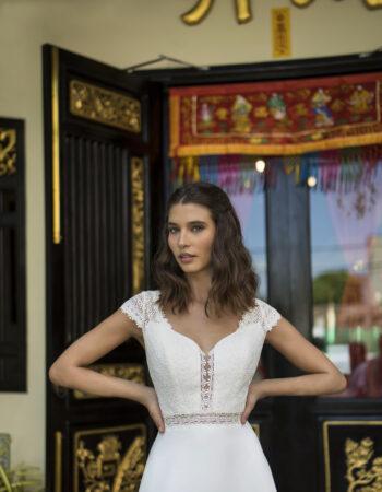 Robes de mariées - Maison Lecoq - robe N°122A BM2133-1 875 €