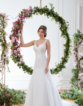 Robes de mariées - Maison Lecoq - robe N°125B 214-12 895 €