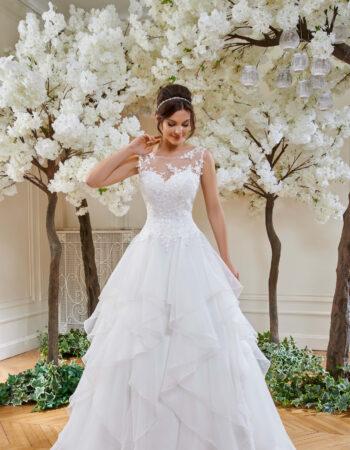 Robes de mariées - Maison Lecoq - robe N°126 214-21 895 €