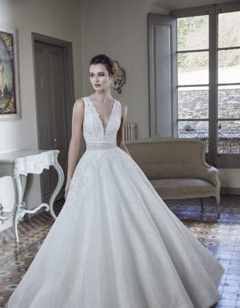 Robes de mariées - Maison Lecoq - robe N°129A 212-03 1350 €