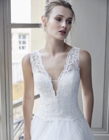Robes de mariées - Maison Lecoq - robe N°130 212-10 1150 €