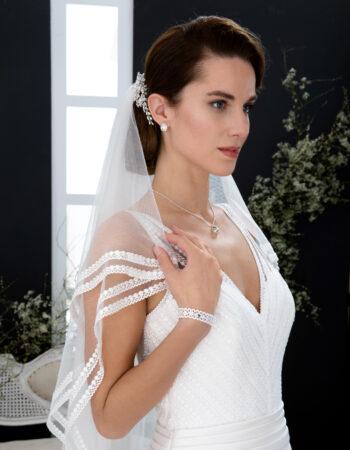 Robes de mariées - Maison Lecoq - robe N°137A VIBRATION 795 €