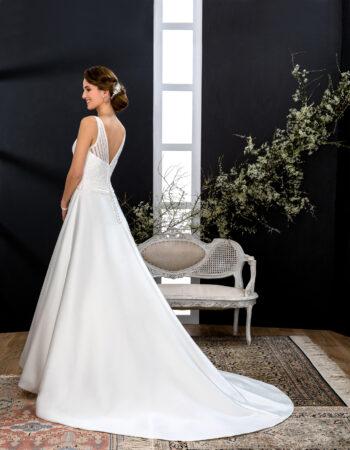 Robes de mariées - Maison Lecoq - robe N°137B VIBRATION 795 €