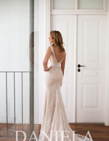 Robes de mariées - Maison Lecoq - robe N°053a Ione 1095 €