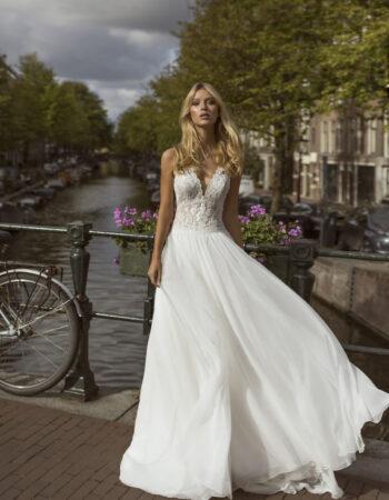 Robes de mariées - Maison Lecoq - robe N°057 Flow 1165 €