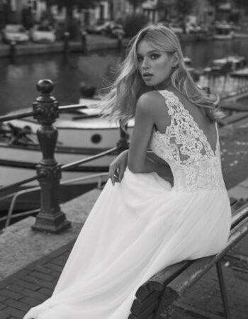 Robes de mariées - Maison Lecoq - robe N°057c Flow 1165 €