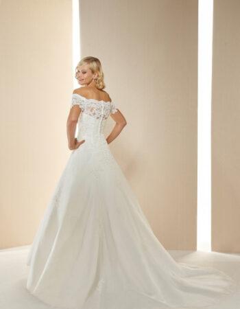 Robes de mariées - Maison Lecoq - robe N°058 Muguet 955 €