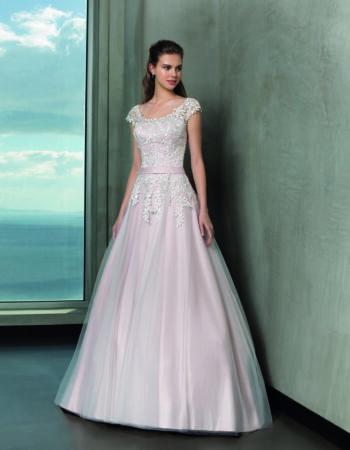 Robes de mariées - Maison Lecoq - robe N°919 L926 745 €