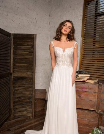 Robes de mariées - Maison Lecoq - robe N°927 Angers 995 €