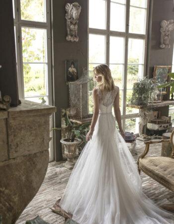 Robes de mariées - Maison Lecoq - robe N°930a Daimy 1485 €