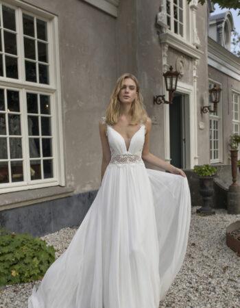 Robes de mariées - Maison Lecoq - robe N°933 Demetria 1295 €