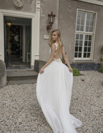 Robes de mariées - Maison Lecoq - robe N°933a Demetria 1295 €